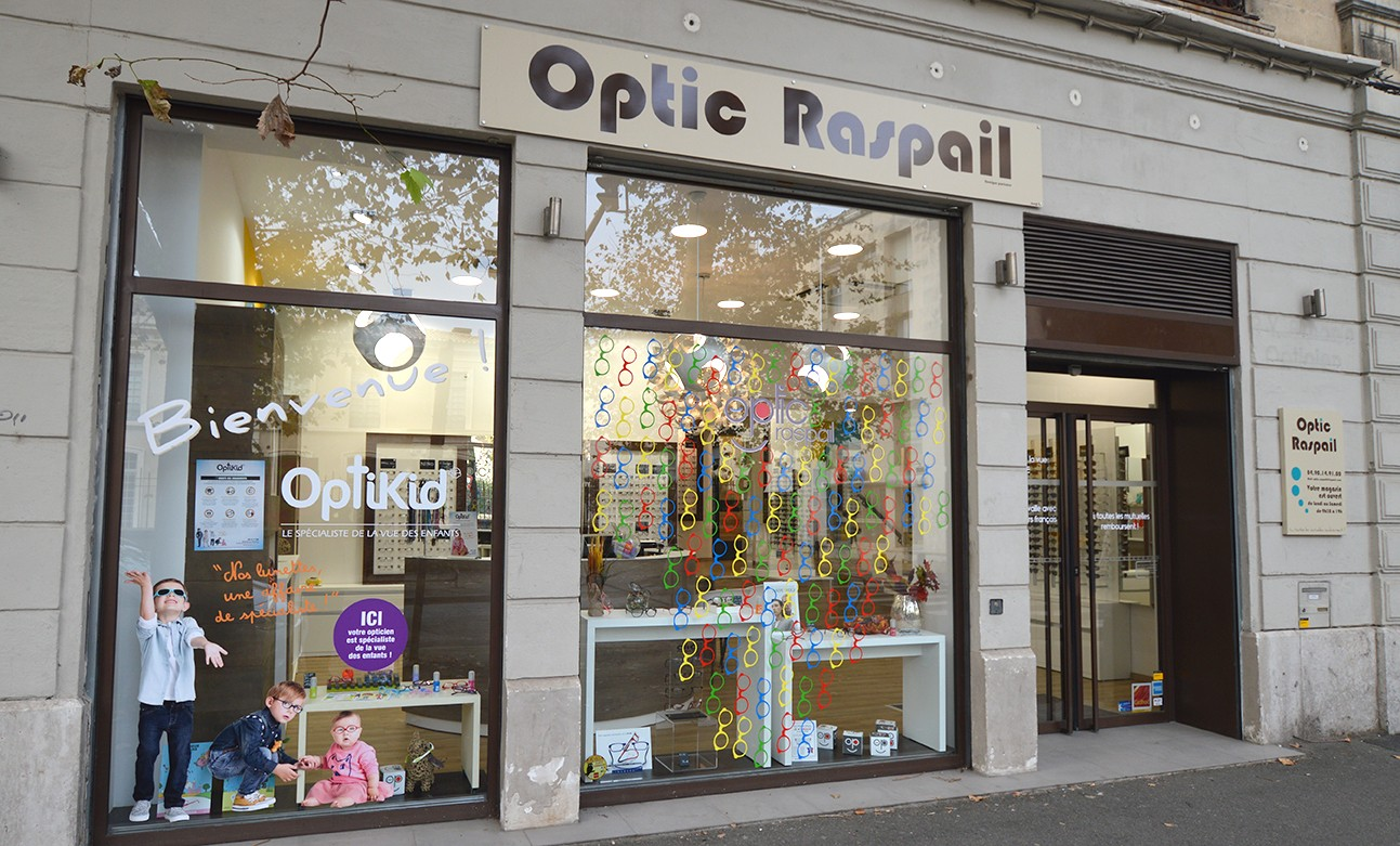 Opticien pour enfant à  OPTIC RASPAIL